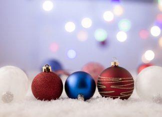 Ako si vybrať vianočné ozdoby a dekorácie
