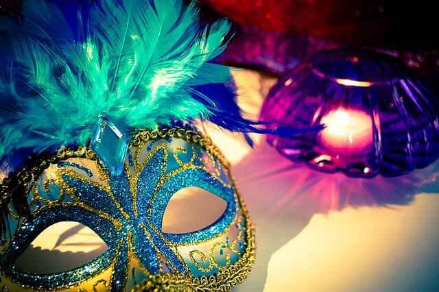Benátske masky na karneval