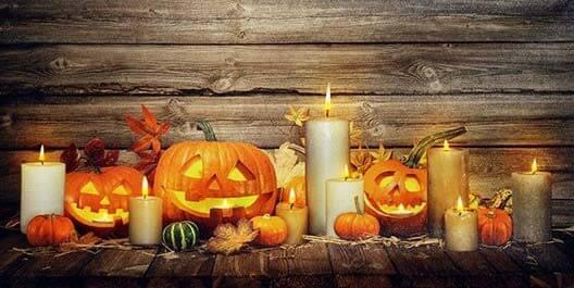 Typickým znakom Halloweenu sú tekvice, ktoré nájdete aj na tomto LED obraze