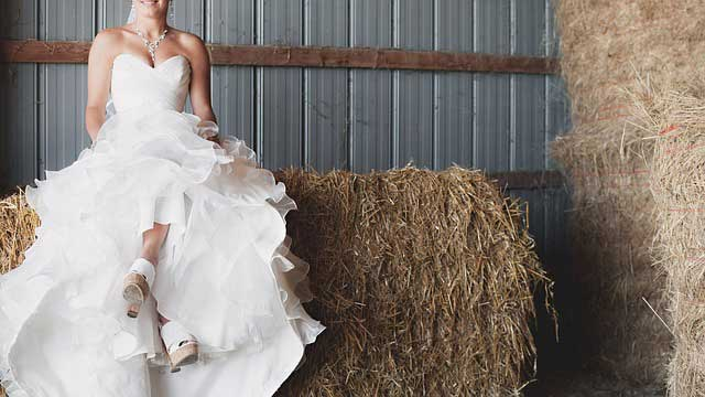 Strih svadobných šiat - ball gown