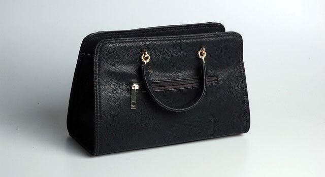 Kožené kabelky si vyžadujú špeciálnu starostlivosť